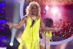 CRBL: tocuri, peruca, ruj rosu, Tina Turner, supershow