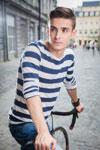 "Andrei leonte, ""atacat"" de o fana pe bicicleta"