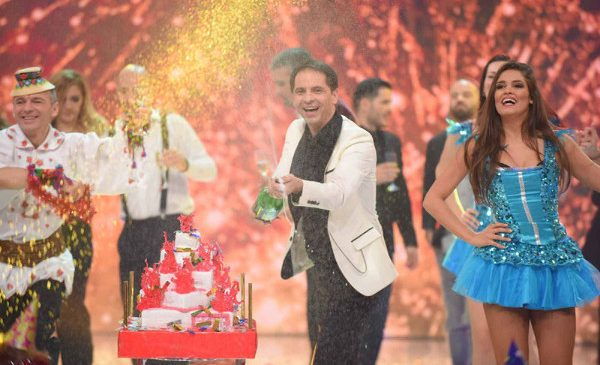 Dan Negru prezinta Revelionul Starurilor 2016 la Antena 1