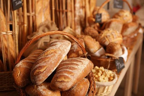 Vedetele au savurat cea mai buna paine din Paris, la Le Grenier a Pain, in Bucuresti