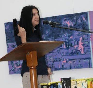 În România nu există scriitor de succes, doar scriitor cunoscut (III)