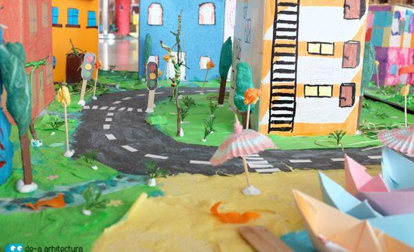 Festivităţi de sfârşit de an pentru cei 3600 de şcolari De-a arhitectura