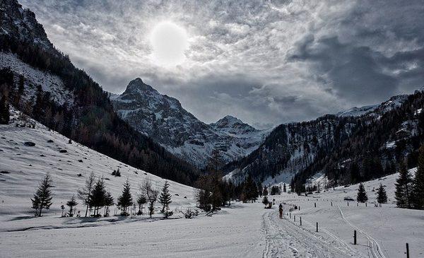 Studiu Today's: cele mai populare destinaţii de schi căutate online de români