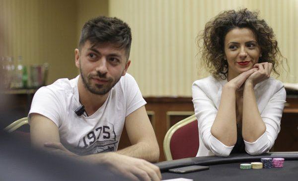 Mircea Bravo şi HappyCata sunt câştigătorii primului eveniment PokerStars Romanian YouTubers Challenge