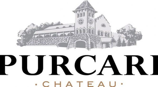 """Lucrătorii din Purcari cântă """"We are the champions"""" pentru a celebra victoria la Decanter London"""