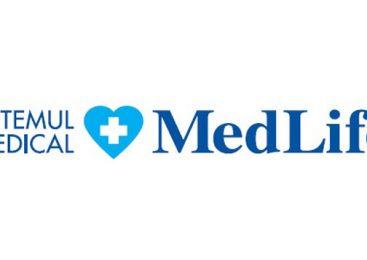 """MedLife: """"Testele efectuate în cele cinci laboratoare PCR ale MedLife în ultimele două săptămâni ne-au arătat că rata de pozitivare s-a triplat față de luna august. Recomadăm cu prioritate creșterea capacității de testare, în special în rândul persoanelor întoarse din concediu, unde rata de infectare este foarte ridicată"""