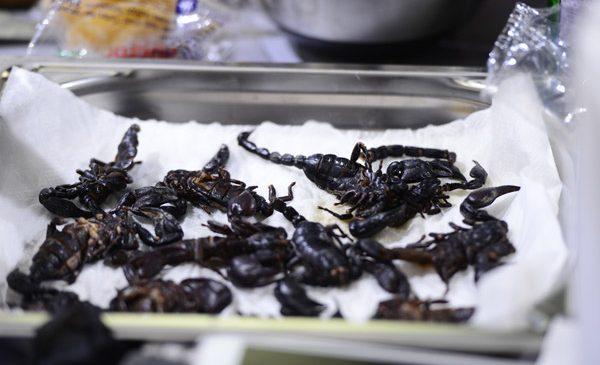 """Scorpioni în farfurie la """"Chefi la cuțite"""""""