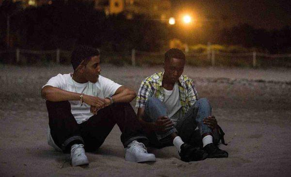 """""""Moonlight"""", cel mai bun film la premiile Oscar, din 10 martie pe marile ecrane"""