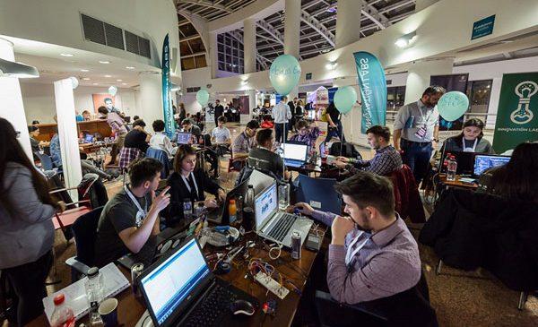 Innovation Labs 2017 anunță cei 24 de câștigători ai Hackathonului din București