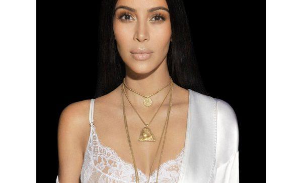 Exclusiv la E!: Kim Kardashian face dezvăluiri despre atacul terifiant de la Paris