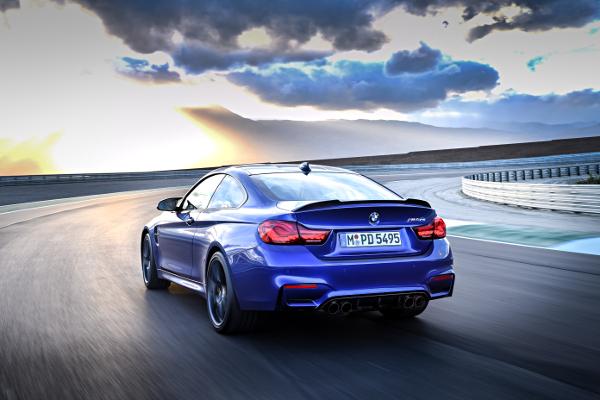 Noul BMW M4 CS - spate