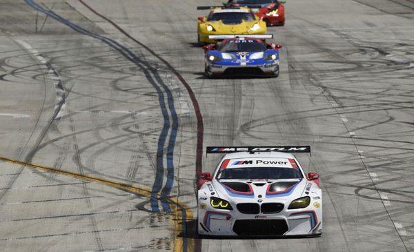 BMW Team RLL ocupă locurile al patrulea şi al şaptelea la Long Beach