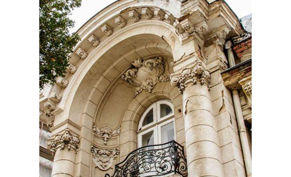 Bijuterii arhitecturale și proprietăți speciale în portofoliul Regatta Real Estate