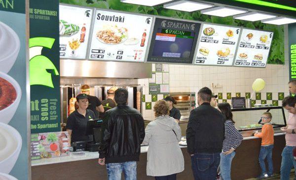 Lanțul de restaurante Spartan anunță afaceri în creștere cu aproximativ 17% în 2016