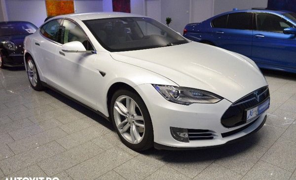 De Ziua Pământului, Autovit.ro oferă mașini electrice cu discount