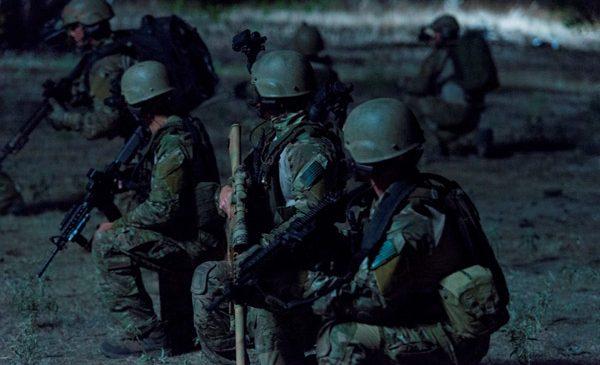 """HISTORY® prezintă experienţa umană a războiului, în noul serial """"Eroii din trupele speciale"""""""