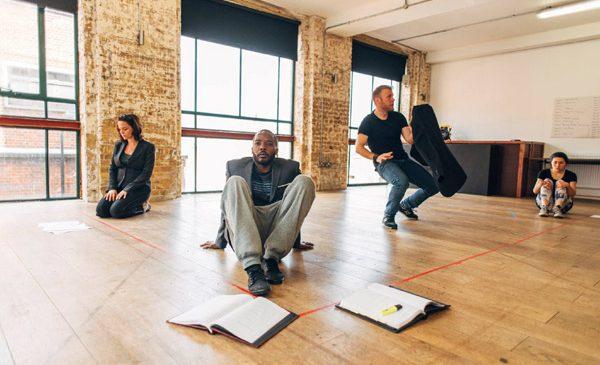 """""""Pulverizare"""" de Alexandra Badea, în ministagiune la Teatrul Arcola din Londra"""