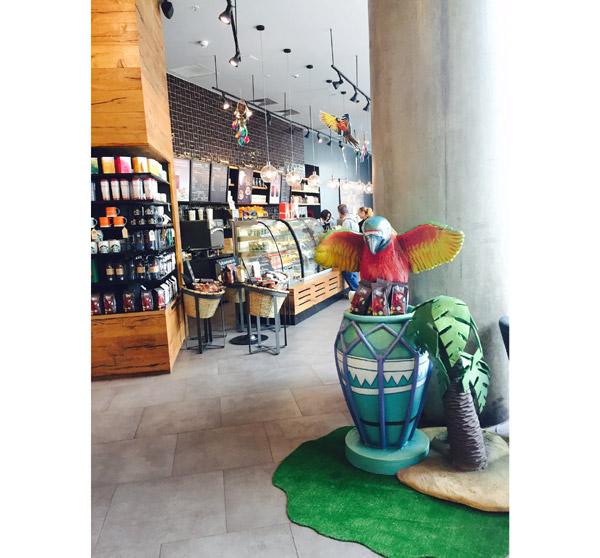 starbucks-veranda-mall