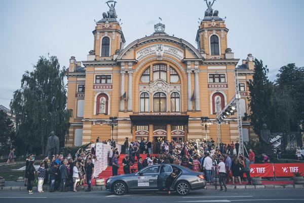 Mercedes-Benz & Golin au reinterpretat pasiunea pentru excelenta la TIFF.16