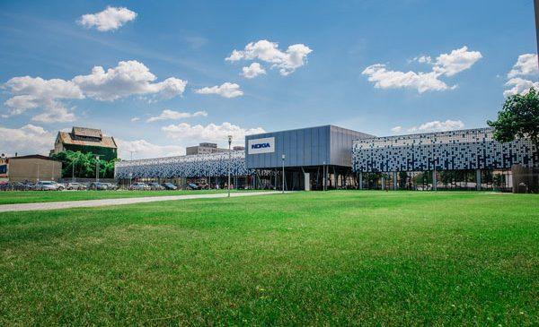 Nokia își extinde campusul din Timișoara cu cel mai mare centru de cercetare și dezvoltare din industria de telecomunicații din România