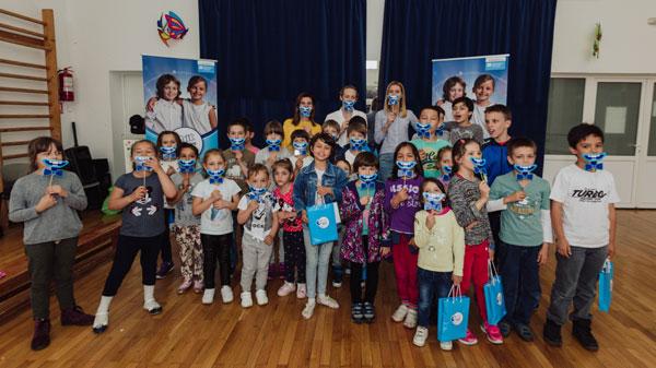 """Orbit a dat startul workshop-urilor de igienă orală în cadrul celei de-a doua ediţii a campaniei """"Orbit dăruieşte zâmbete"""""""
