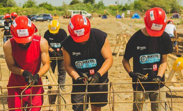 Peste 130 de motocicliști vor munci pe șantierul Habitat for Humanity din Cumpăna, în evenimentul Bikers for Humanity