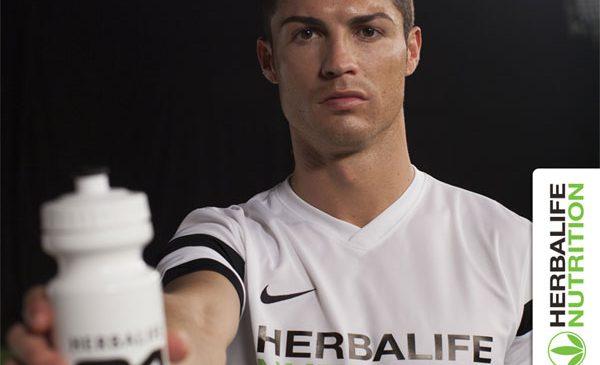 Herbalife Nutrition îl felicită pe Cristiano Ronaldo pentru câştigarea, alături de Real Madrid, a UEFA Champions League şi a Campionatului la Liga Spania