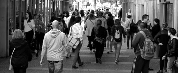 8 din 10 români cred că plățile electronice pot combate economia subterană – studiu Mastercard