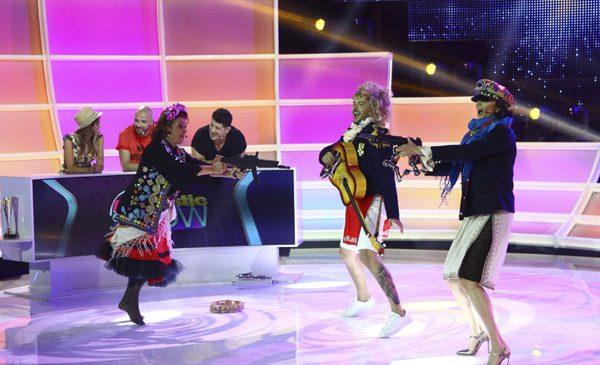 """Adriana Trandafir, Ramona Bădescu, Tavi Colen și iubita sa, Emma, intră în joc alături de Liviu Vârciu și Andrei Ștefănescu, la """"FANtastic Show"""""""