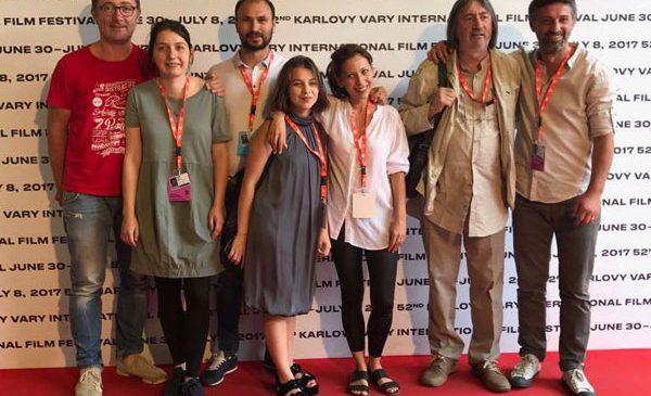 """""""Breaking News"""" primește mențiunea specială a juriului la Karlovy Vary"""