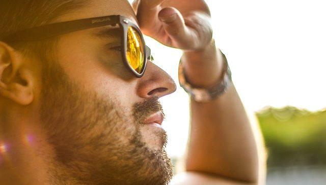 Ochelari de soare sau nu?