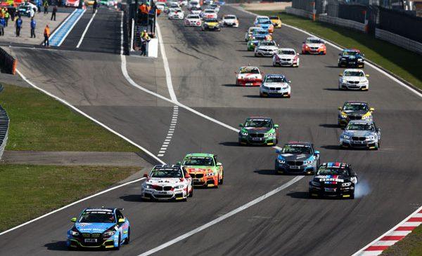 Povestea de succes continuă: Cupa BMW M235i Racing rămâne în cadrul VLN şi în 2018