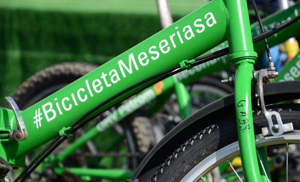 60 de elevi din Tabăra Meseriașilor din Țara lui Andrei au recondiționat și donat biciclete unor copii din case de tip familial