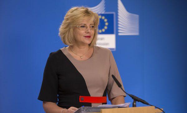 Comisarul european Corina Crețu a aprobat investiții de peste 17 milioane euro în îmbunătățirea accesului la apă potabilă în România