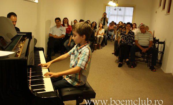 Au inceput inscrieri la Boem Club, cea mai mare scoala de muzica din Bucuresti