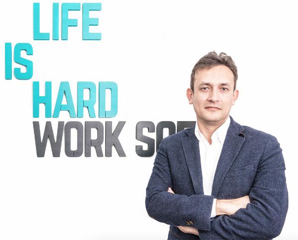 Erik Barna, CEO, LIH