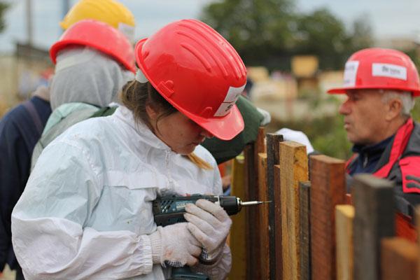 Habitat for Humanity Romania construieste 36 de case in doar 5 zile