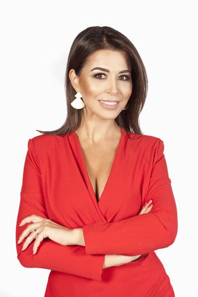 Simonaa Patruleasa, prezentatoare stiri Kanal D
