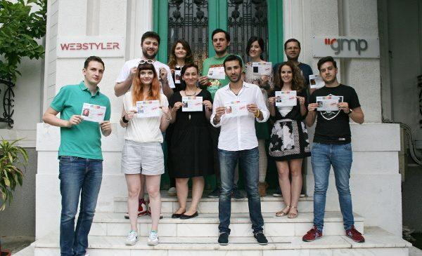 """Două trofee de aur pentru """"Romanians Adopt Remanians"""" la Ad Stars, festivalul internațional cu cele mai multe înscrieri după Cannes Lions"""