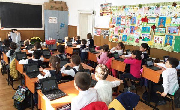 Adservio, platforma românească pentru management educațional, anunță noutățile pentru acest an școlar