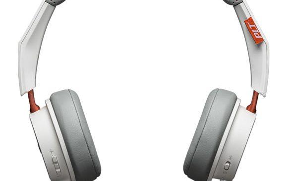 Plantronics BackBeat 500 – până la 18 ore de muzică și convorbiri, cu o singură încărcare