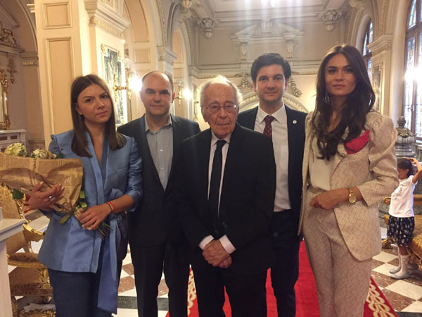 Echipa PiArt Vision cu directorul Muzeului Cotroceni, Liviu Jicman, si cu Mihai Sora