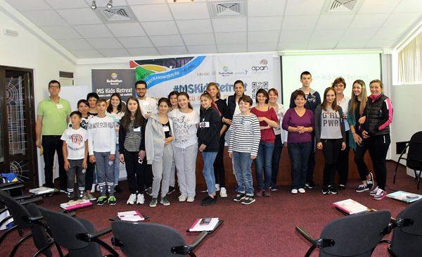 Întâlnire între copiii cu scleroză multiplă, pentru prima dată în România