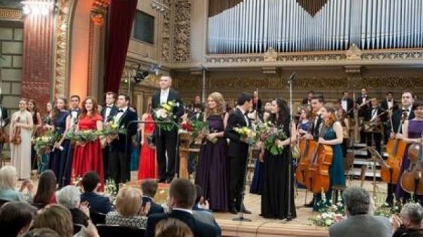 Concert Regal caritabil, în direct la TVR 3