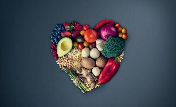 """Europenii irosesc peste 4 kg de alimente lunar, conform unui studiu realizat de Grundig în cadrul campaniei globale """"Respect Food"""""""
