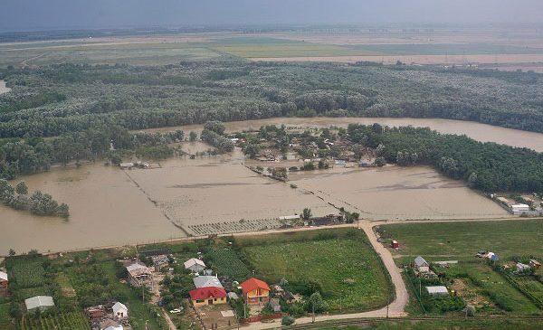 Fermierii din România primesc sprijin pentru combaterea problemelor climatice