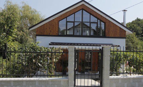 Echipa VISURI LA CHEIE a construit de la zero o casă superbă pentru familia Marinoiu