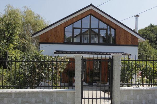 Noua casa a familiei Marinoiu