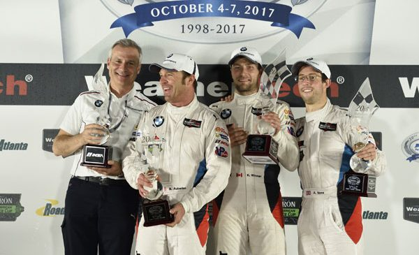 BMW Team RLL s-a impus în Petit Le Mans – Bill Auberlen, victorios la a 400-a cursă pentru BMW