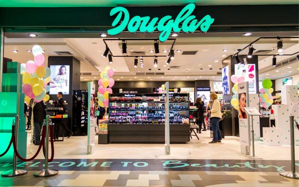 magazin Douglas in Bucuresti Mall Vitan